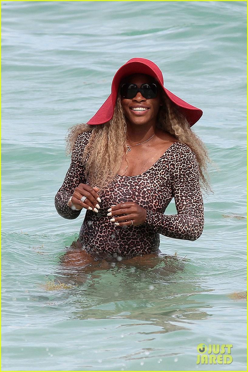 serena williams bootylicious beach caroline wozniacki 103125519