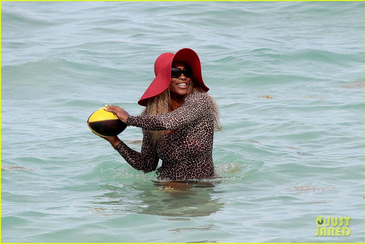 serena williams bootylicious beach caroline wozniacki 113125520