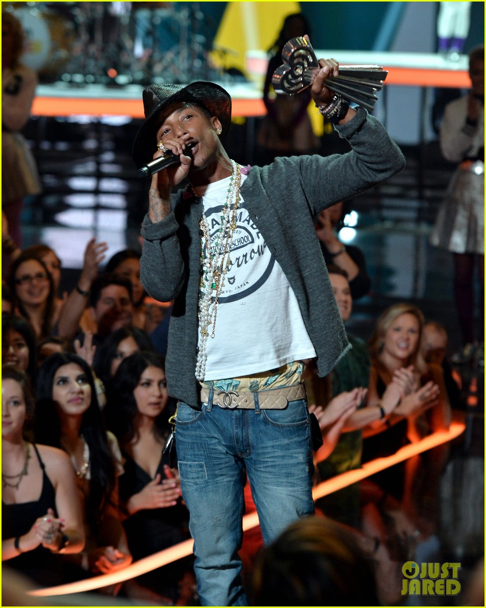 pharrell williams iheartradio music awards 2014 183103616