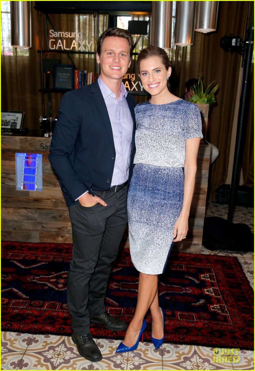 allison williams jtf picture ready at variety studio 123123477