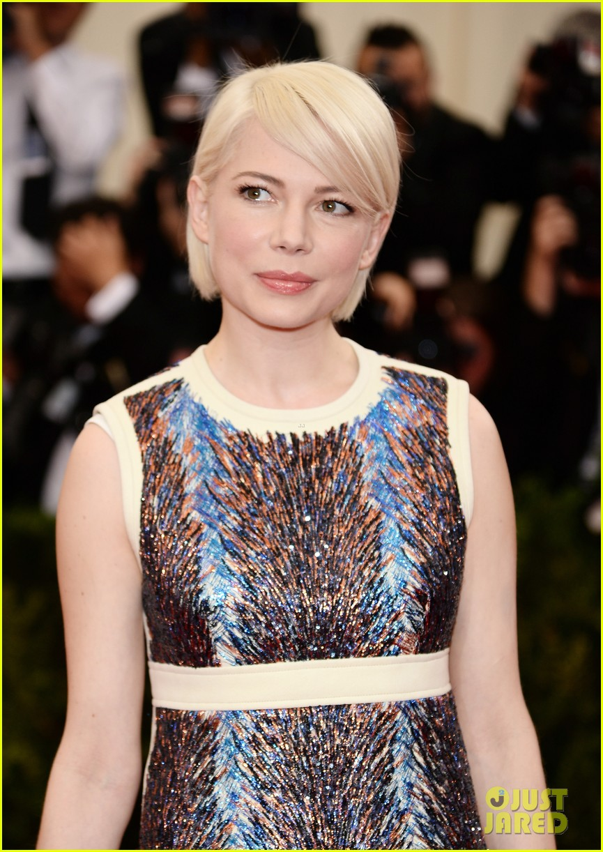 michelle williams spends her day off from broadway at the met ball 2014 013106014