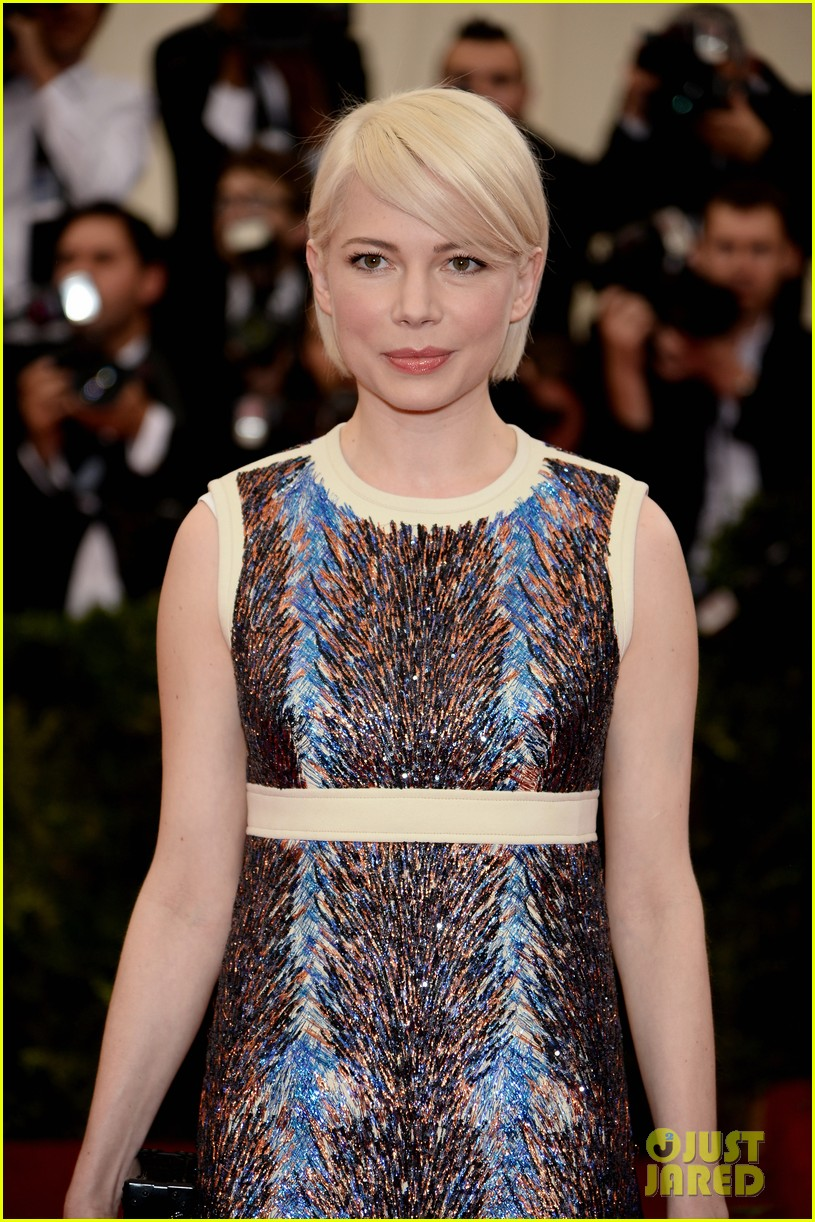 michelle williams spends her day off from broadway at the met ball 2014 023106015