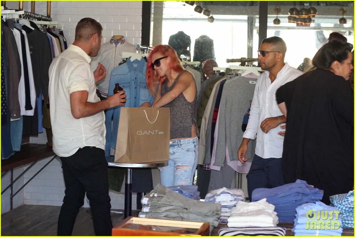 rumer willis checks out gants la brea store opening 023124796