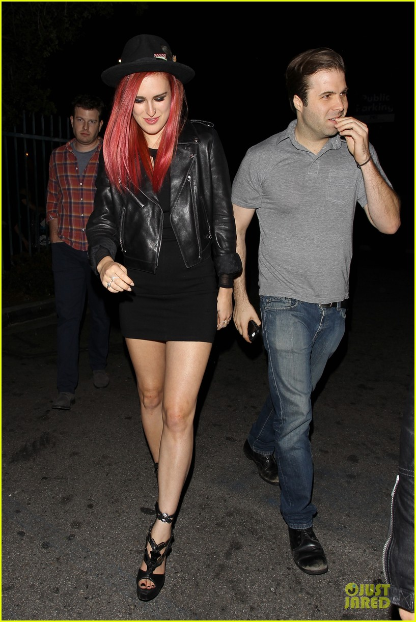 rumer willis heats it up with red hair 09