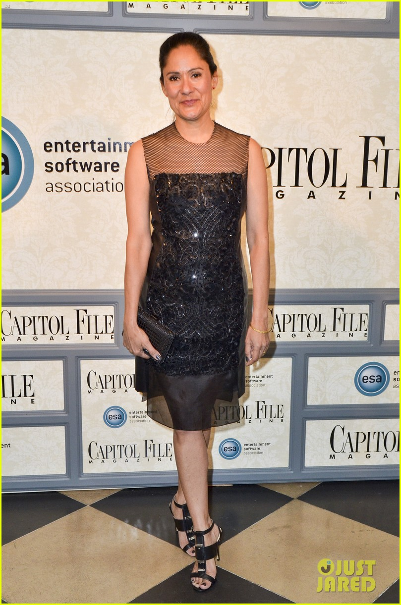 robin wright house of cards cast meet the real politicians 113104237