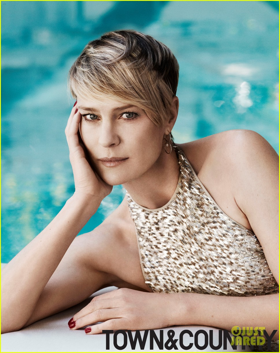 robin wright covers town country june july 2014 023113975