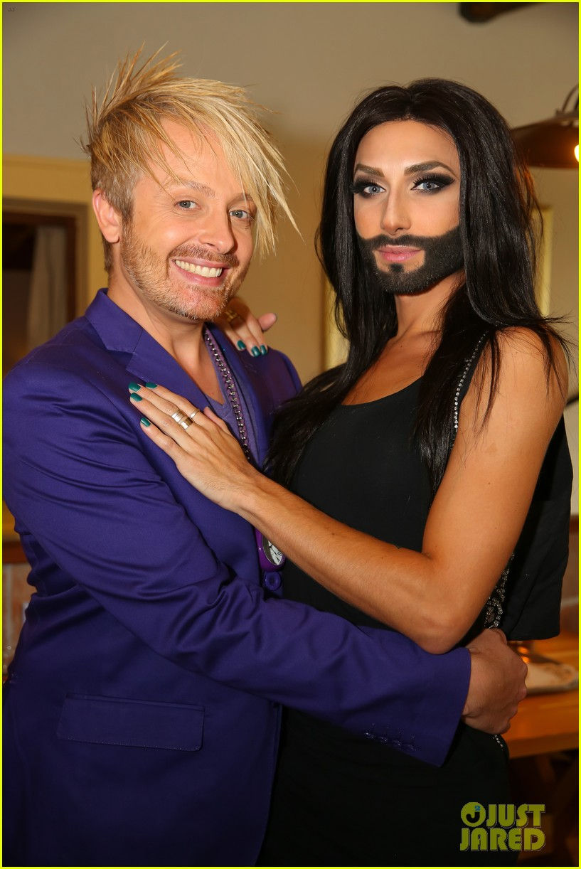 conchita wurst bearded drag queen wins eurovision 063110280