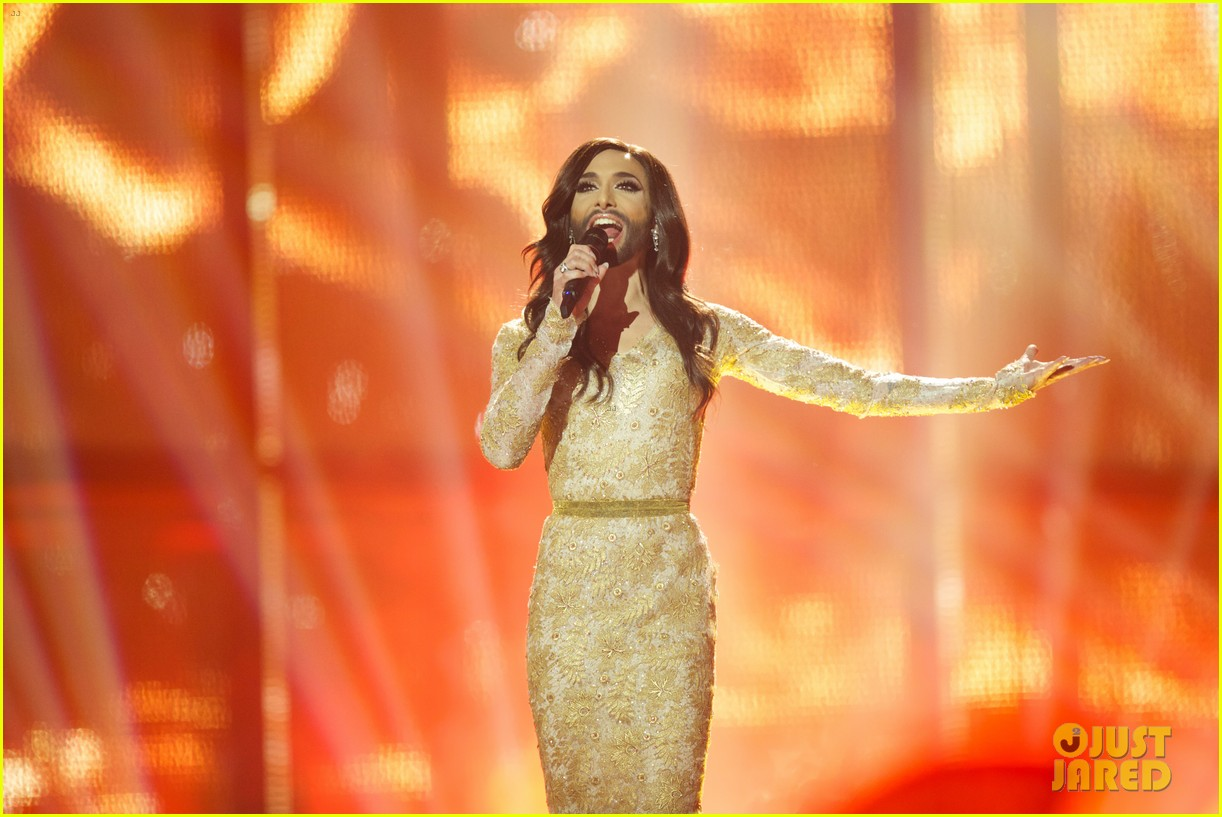 conchita wurst bearded drag queen wins eurovision 153110289