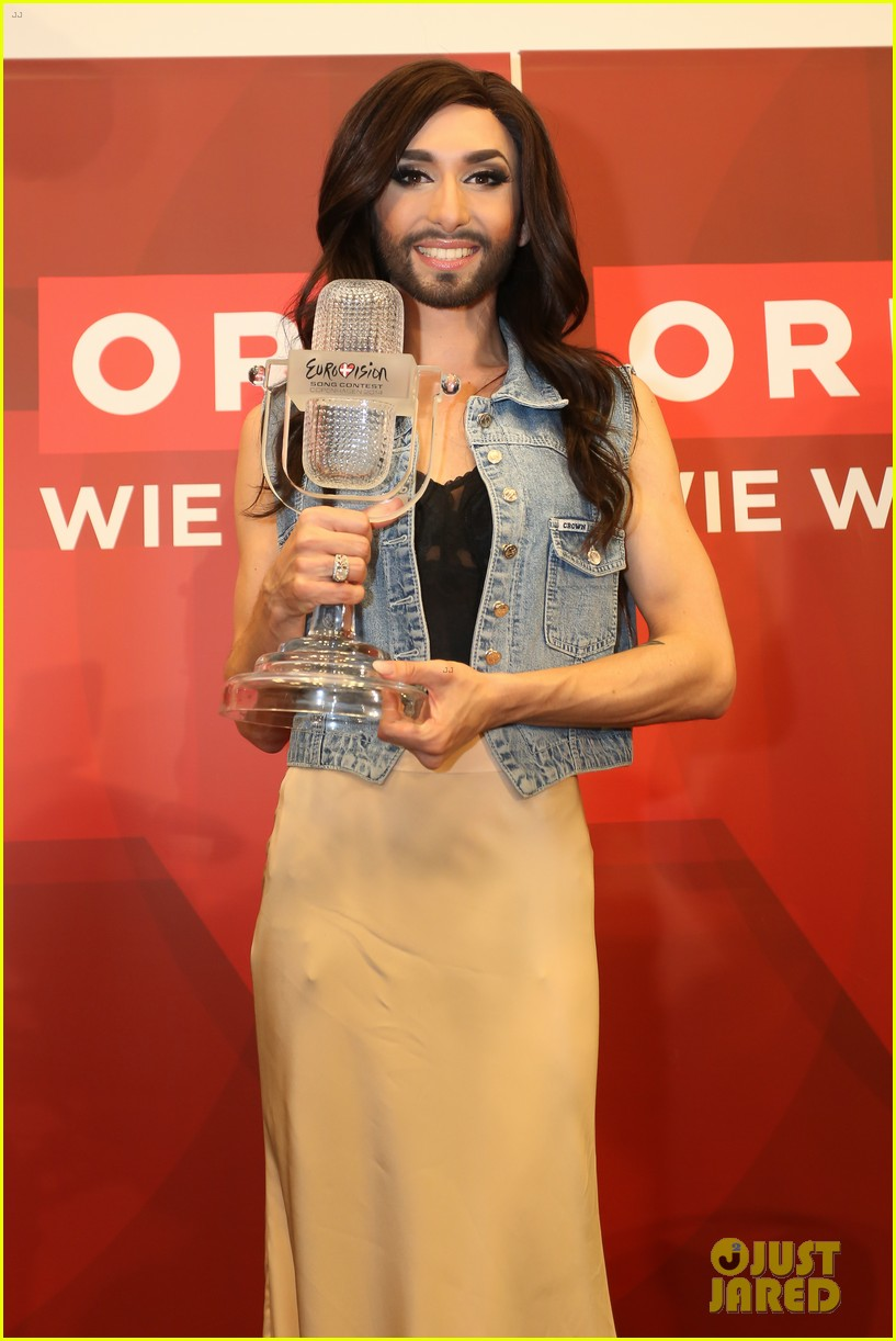 conchita wurst greeted by fans in austria after eurovision win 013111430