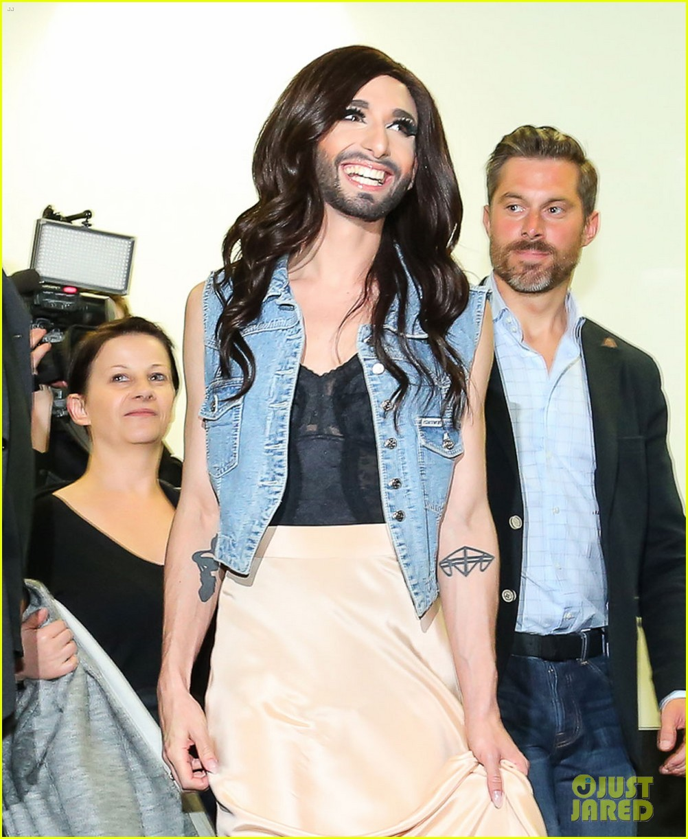 conchita wurst greeted by fans in austria after eurovision win 023111431