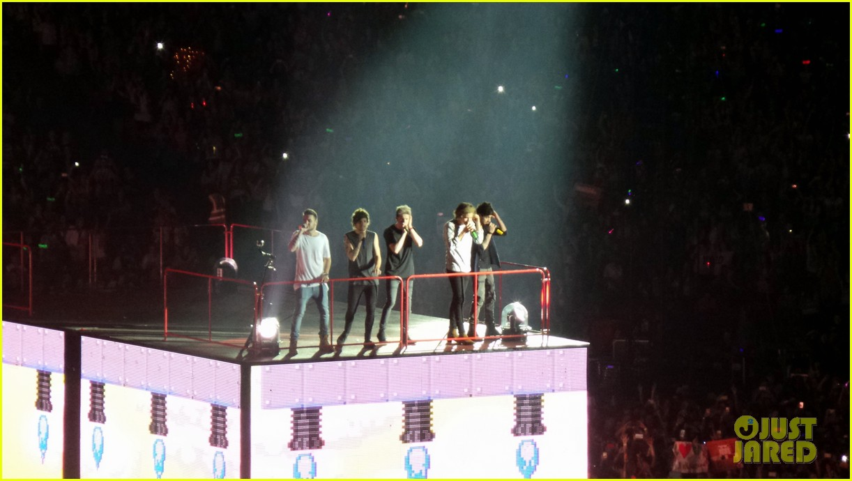 one direction wembley performance june 04
