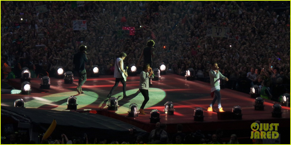 one direction wembley performance june 063130328