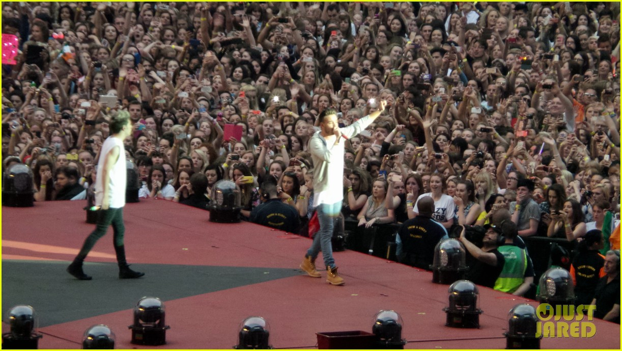 one direction wembley performance june 073130329