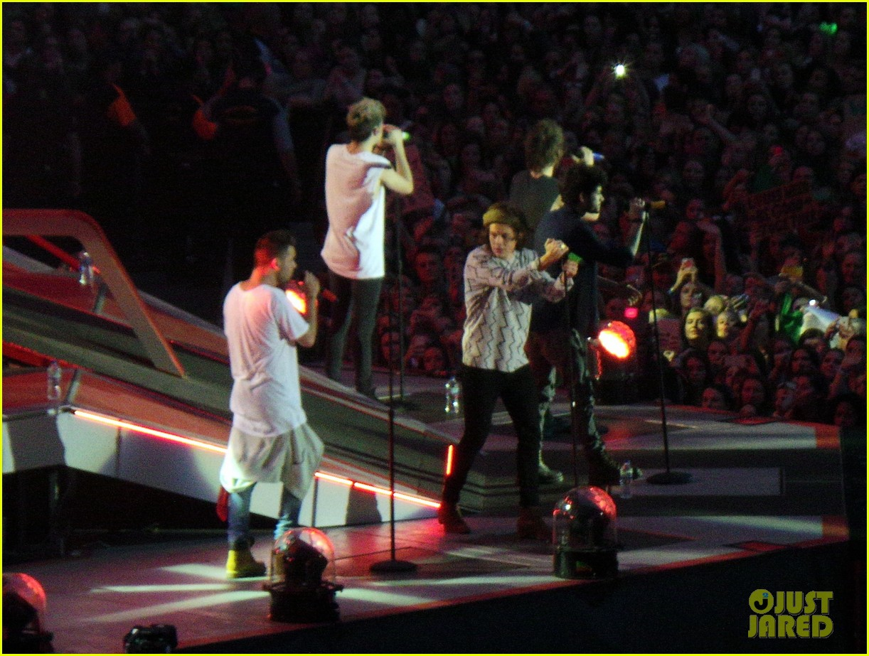 one direction wembley performance june 123130334