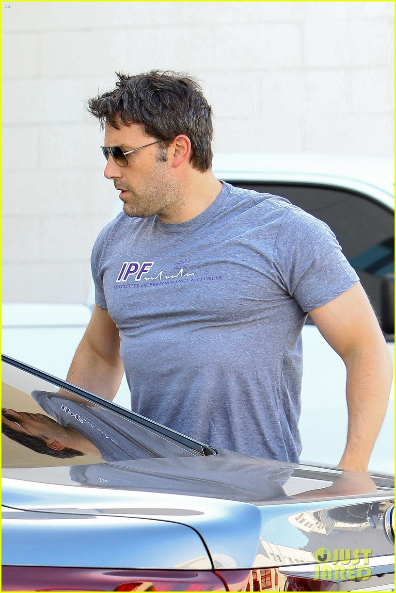 ben affleck bulked up for batman 043136158