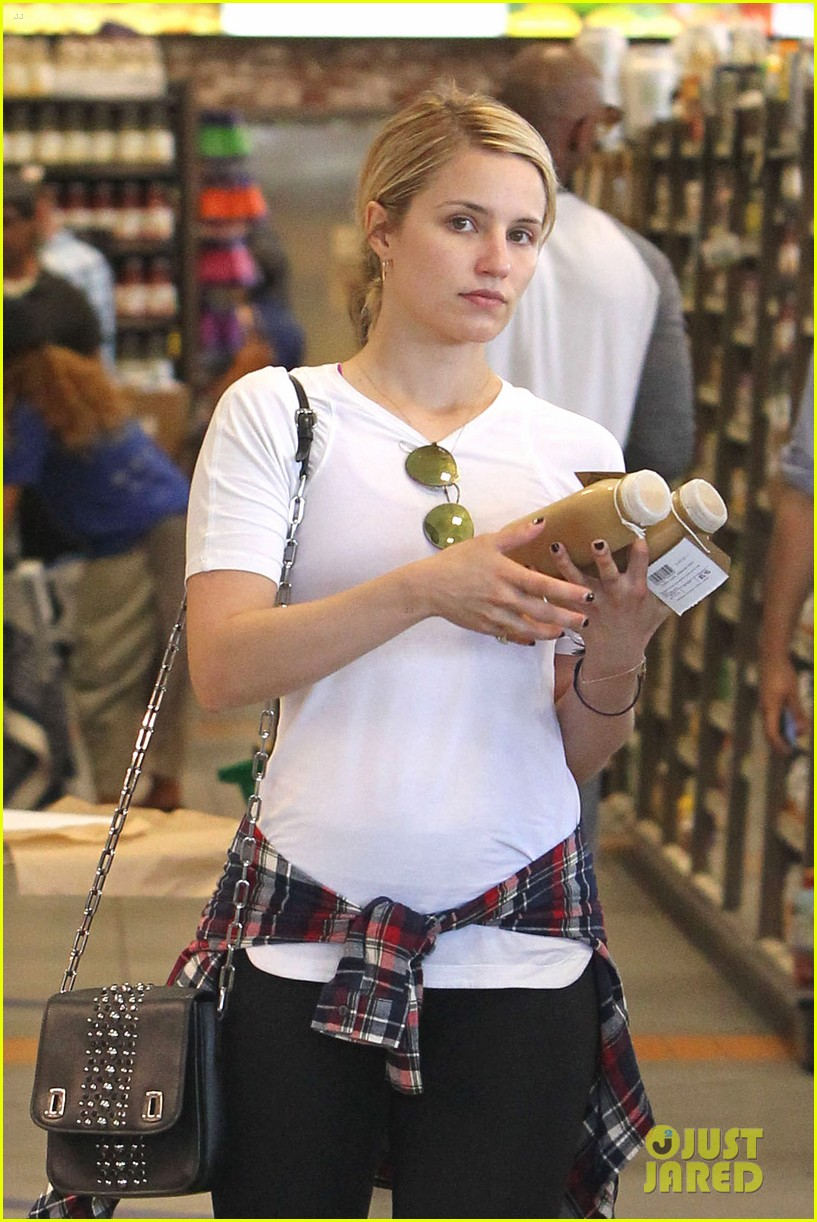 dianna agron erewhon juice boxing fan 033132589
