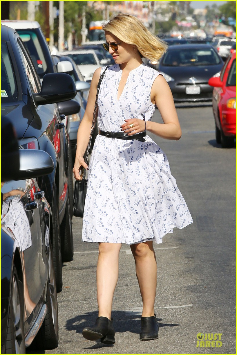 dianna agron goes down under for beau thomas cocquerel 033130237