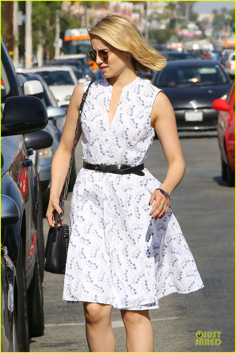 dianna agron goes down under for beau thomas cocquerel 07