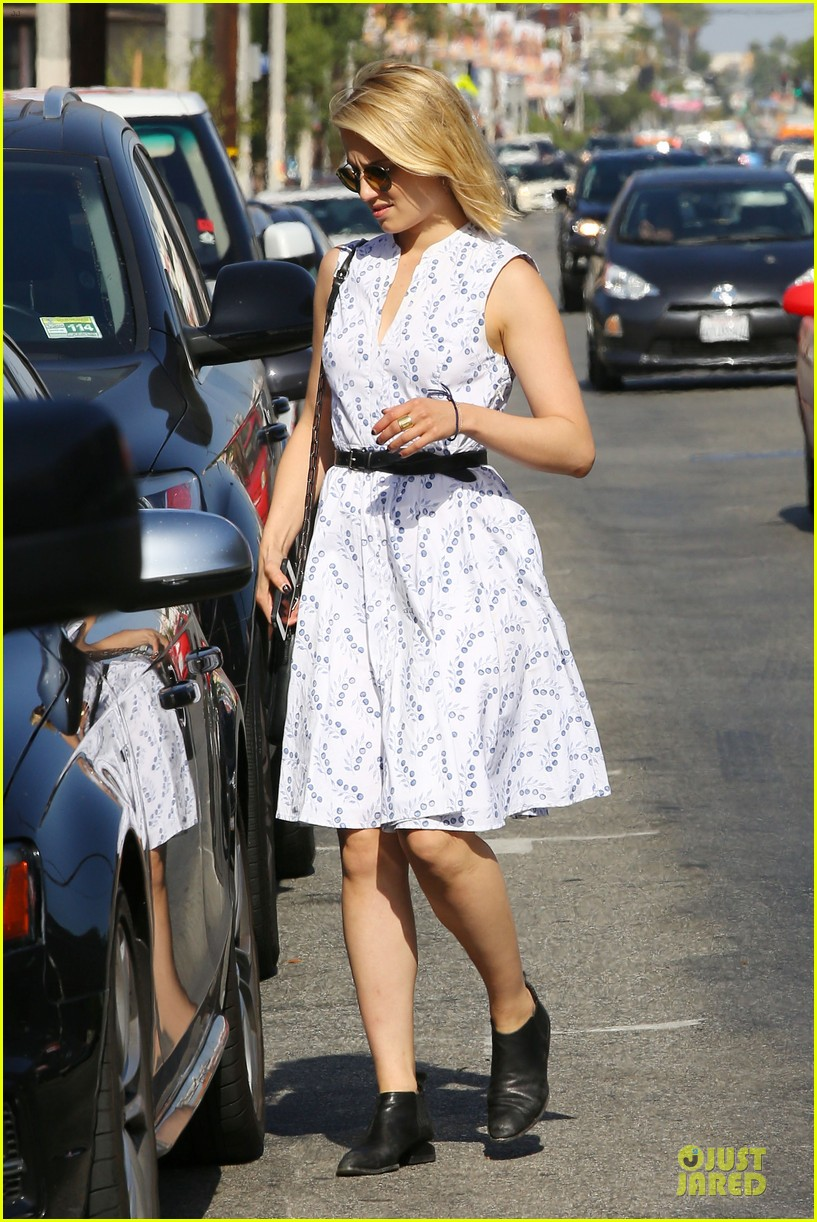 dianna agron goes down under for beau thomas cocquerel 093130243
