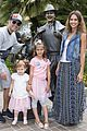 jessica alba celebrates honors sixth birthday disneyland 01