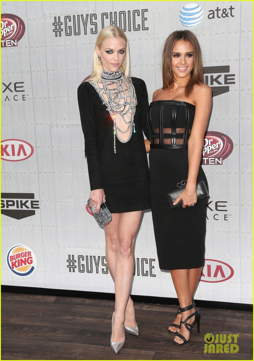 jessica alba jaime king guys choice awards 2014 033130713