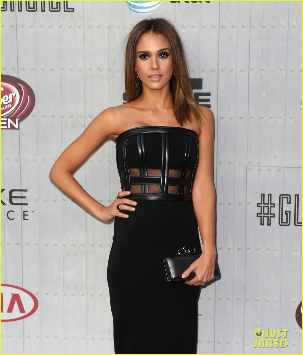 jessica alba jaime king guys choice awards 2014 063130716