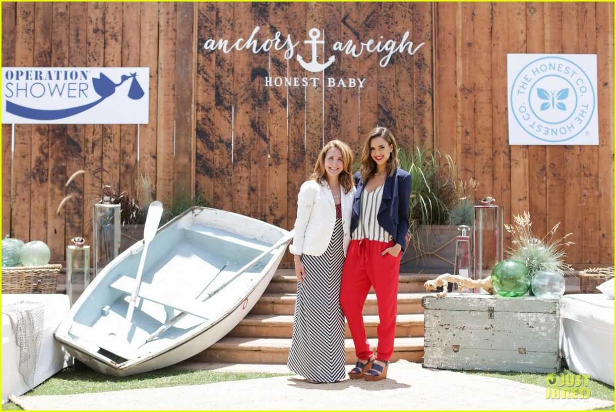 jessica alba baby shower for us navy families 133127525