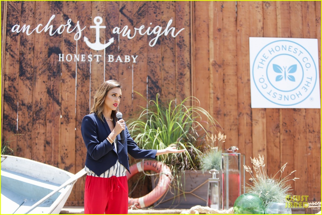 jessica alba baby shower for us navy families 193127531
