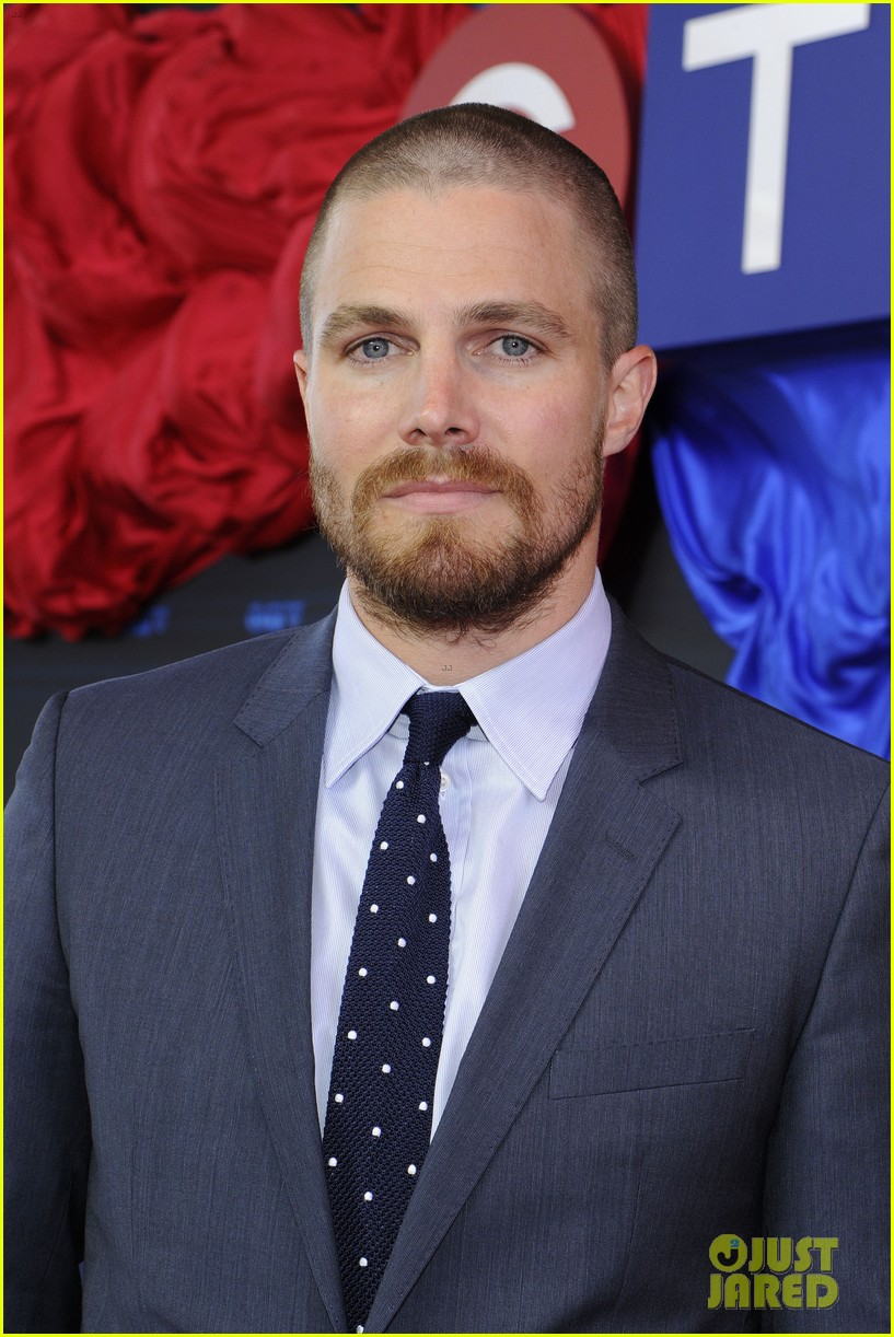 stephen amell chloe bennet hit canada for ctv upfront 2014 023129622