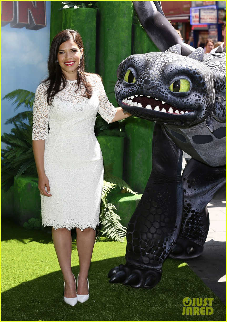 america ferrera how to train dragon 2 london 083141142