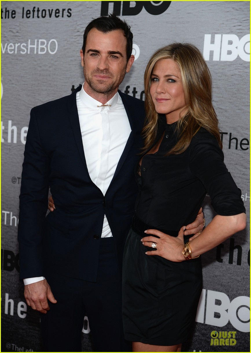 jennifer aniston justin theroux chemistry at leftovers premiere 023142056