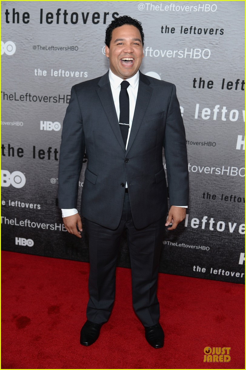 jennifer aniston justin theroux chemistry at leftovers premiere 063142060