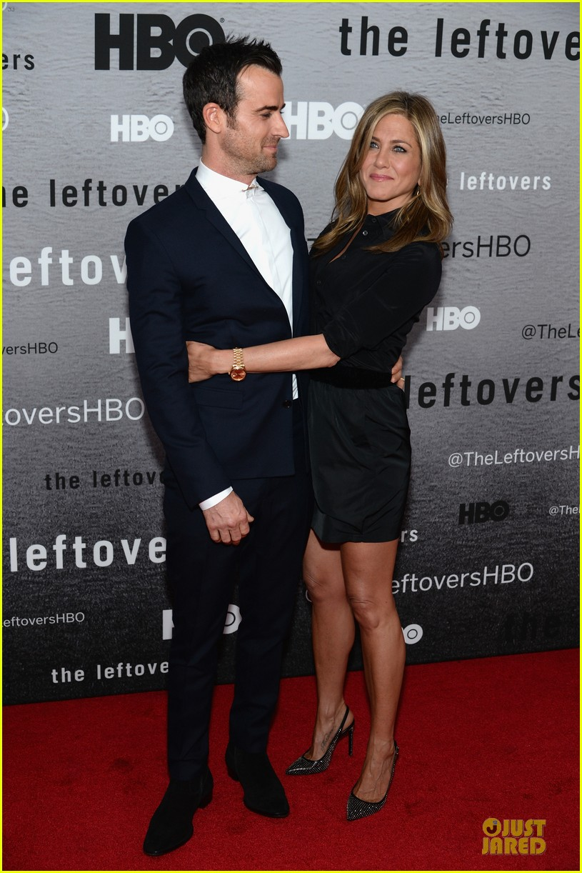 jennifer aniston justin theroux chemistry at leftovers premiere 113142065