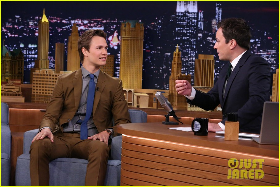 ansel elgort tonight show jimmy fallon tfios 01