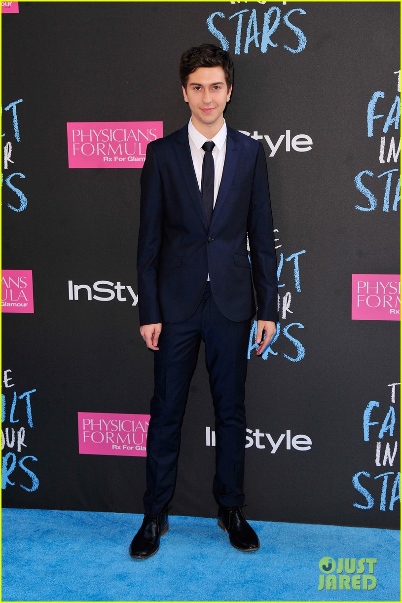 ansel elgort nat wolff fault in our stars premiere nyc 07