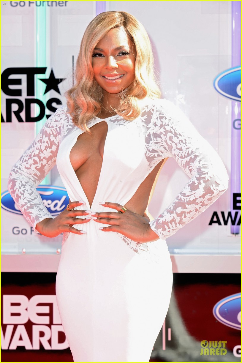 ashanti pia mia bet awards 2014 02