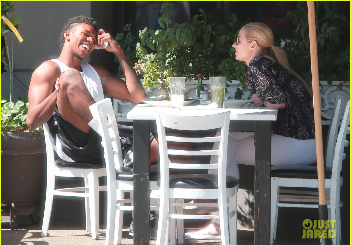 iggy azalea boyfriend nick young are one cute couple lunch 043135068