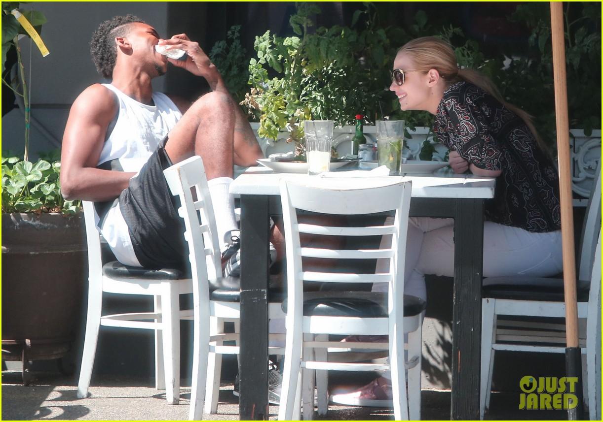 iggy azalea boyfriend nick young are one cute couple lunch 143135078