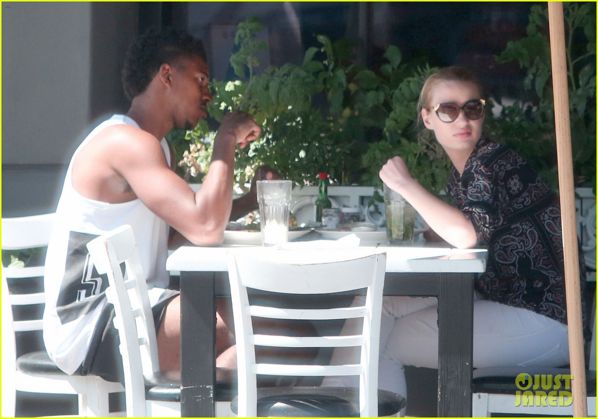 iggy azalea boyfriend nick young are one cute couple lunch 223135086