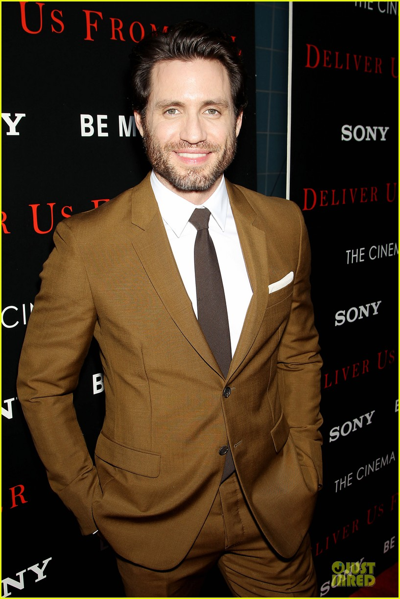 eric bana joel mchale delivers us from evil in nyc 093142748