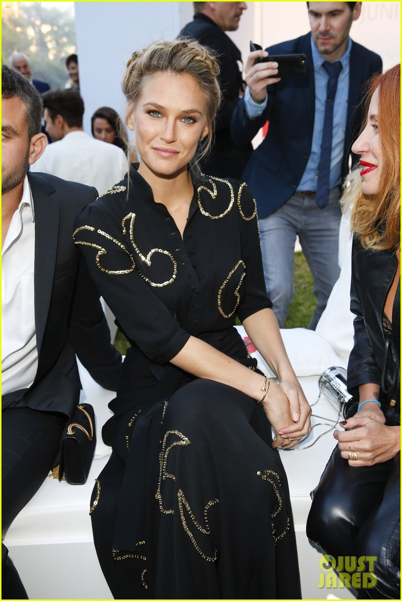 bar refaeli stuns at summer day 2014 in berlin 05