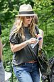 drew barrymore commutes in a hurry 02