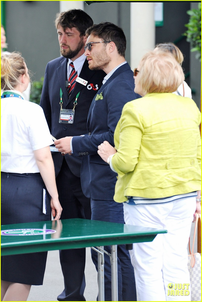 david beckham ed westwick dapper at wimbledon 093145534