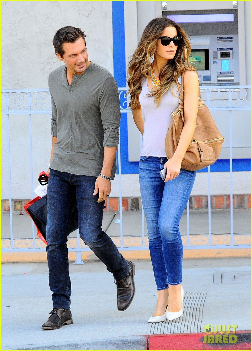 kate beckinsale len wiseman make a cute couple in santa monica 033141452