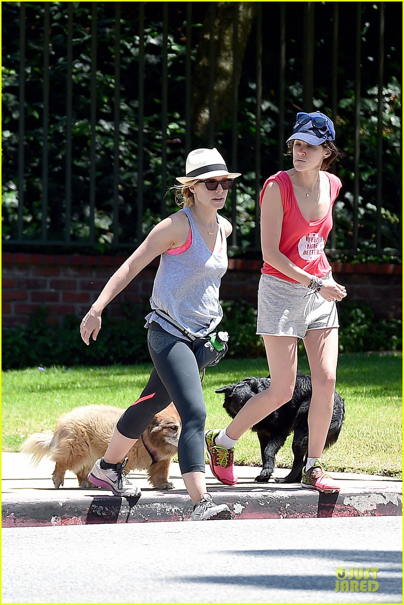 kristen bell gets new black dog 03