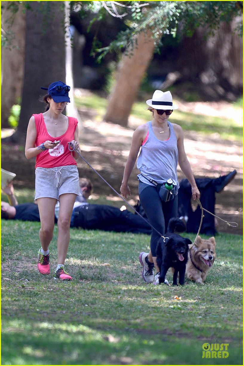kristen bell gets new black dog 123139112