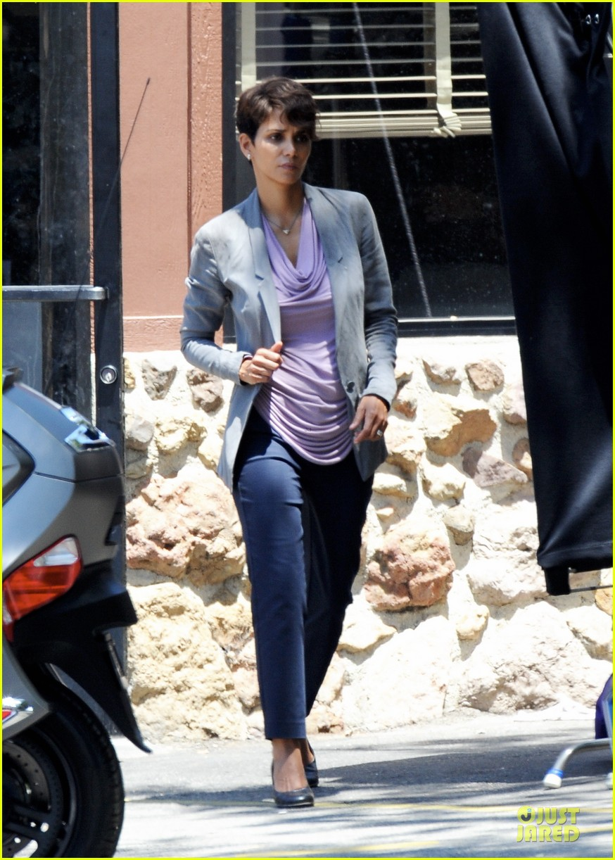 halle berry has extant on her mind 103132897