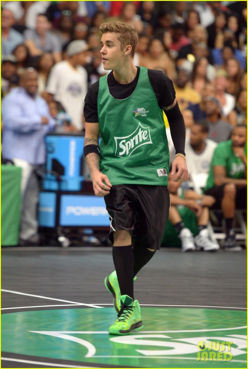 justin bieber chris brown bet celeb basketball game 223145697