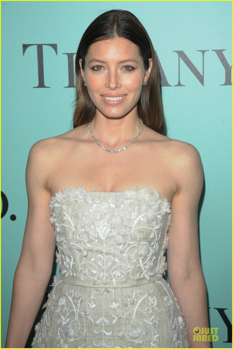jessica biel hilary swank tiffany co store launch 093132565