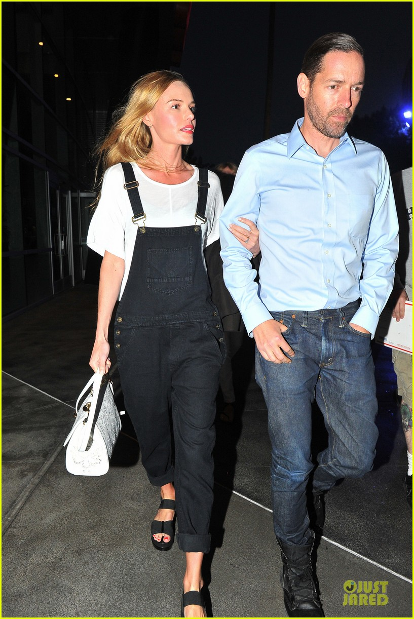 kate bosworth michael polish celebrate kings win at boa steakhouse 083128562